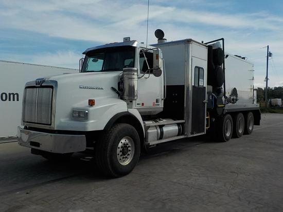 Western Star  Tri Axle Vacuum Truck