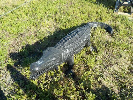 5' Aluminum Aligator
