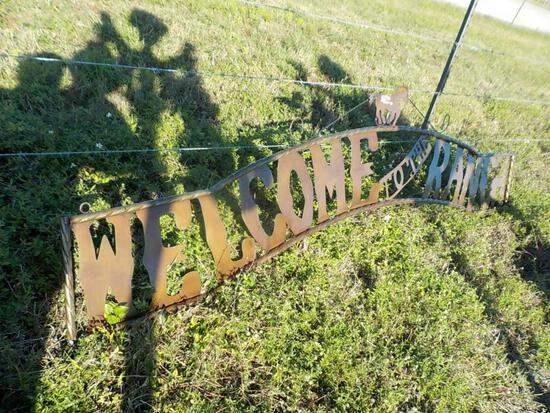 10' Welcome Sign