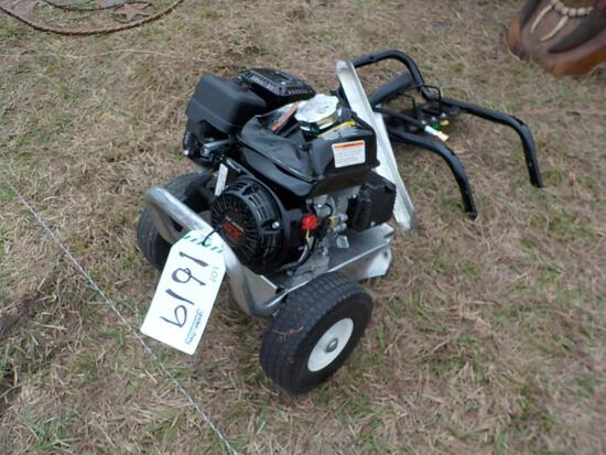 MI-T-M 3200 PSI MI-T-M Engine Cold Water Gas Pressure Washer (DAMAGED)
