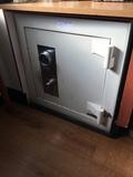 SINGLE DOOR SAFE