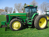 JD 8200 MFWD, 4196 hrs., Powershift, 6 front weights, front fenders, 3 SCVs