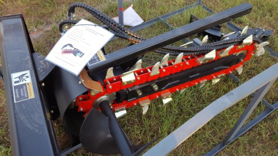 Heavy Duty Skid Steer Attachment 900/200 Trencher