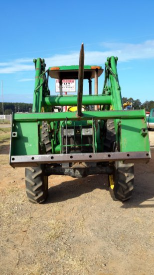 John Deere 5410 w/ 541 Loader & Spear