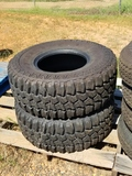 Two Mud Claw Extreme 33x12.5R15 Tires