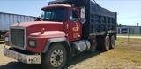 1997 MACK 600 RD Dump Truck