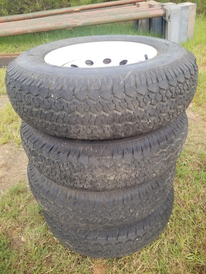 Four Duro ST225/75D15 Tires As Is