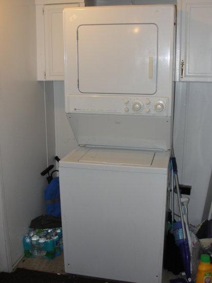 Maytag Stack Washer / Dryer