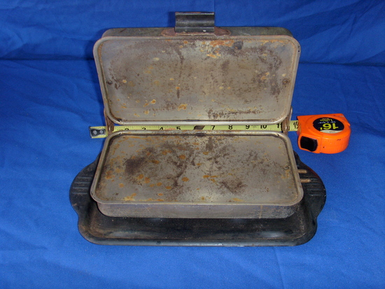 Antique electric cooker