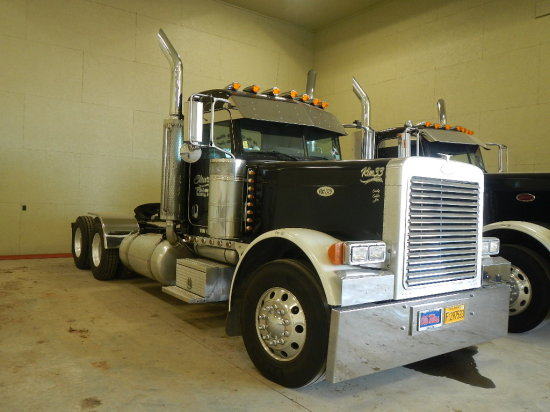 2007 PETERBILT 379 TRUCK TRACTOR, 890K+ MILES (320,000 MILES ON MOTOR)  DAY
