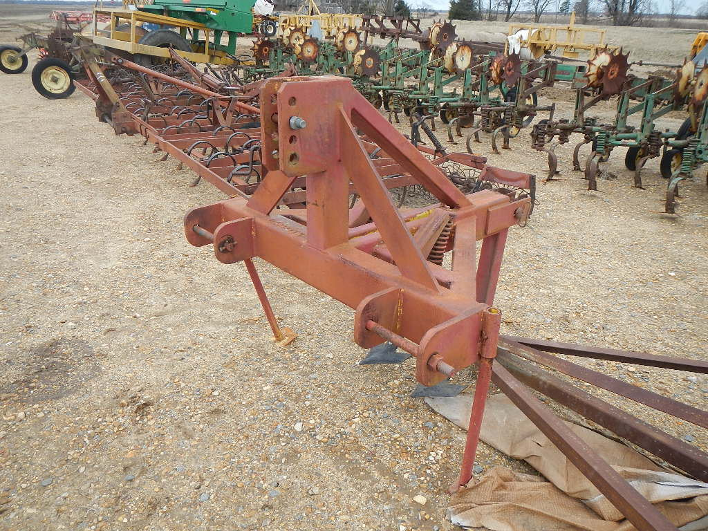 AMMCO SPRING TOOTH LEVEE PLOW,  3PT S# AM212953