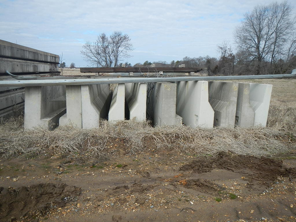 """LOT OF (10) CONCRETE BARRIERS 30' X 44""""  SELLS WITH GUARDRAIL PCS. (BUYER R"""