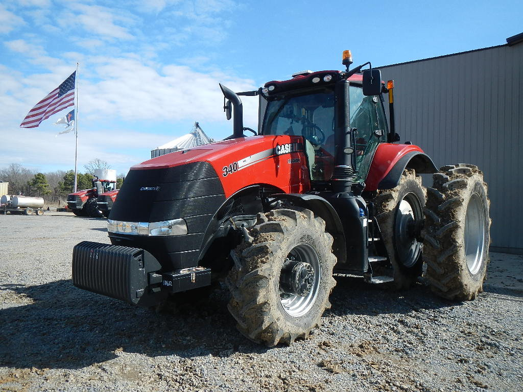 CASE/IH MX340 WHEEL TRACTOR, 172 ENGINE HRS/ 89 DRIVE HRS  MWFD, CAB, AC, H