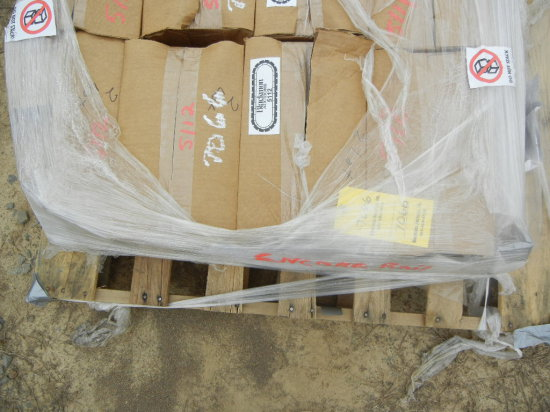 (4) BOXES OF WOOD TIE PLUGGING COMPOUND WITH APPLICATOR