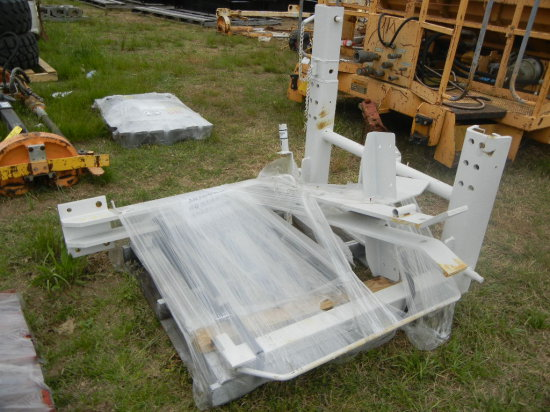 PALLET WITH MARK IV UPPER AND LOWER QD WELDMENT