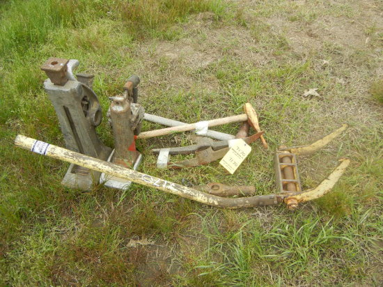 LOT OF (23) TRACK JACK  AND MISCELLANEOUS TOOLS