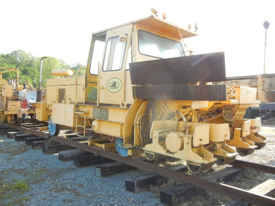TAMPER CSC-2 BALLAST COMPACTOR,  DETROIT DIESEL LOAD OUT FEE: $250.00 S# 44