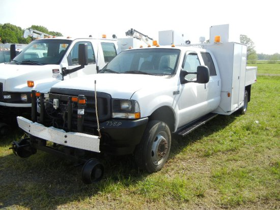 2002 FORD F-550 SERVICE TRUCK, 159,000+ MILES  POWERSTROKE DIESEL, AT, PS,