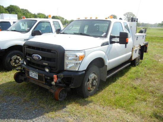 2012 FORD F-350 SERVICE TRUCK,  HY-RAIL, 4 X 4, EXTENDED CAB, V8 GAS, AUTOM