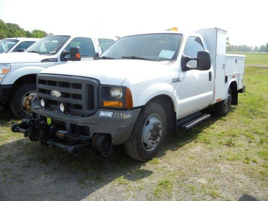 2005 FORD F350 SD HI-RAIL SERVICE TRUCK, 238K + mi,  V8 GAS, AUTOMATIC, PS,