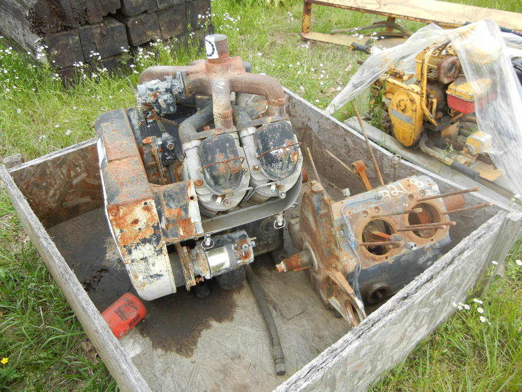 PALLET WITH GENERATOR, GEISMAR RAIL STRAIGHTENER