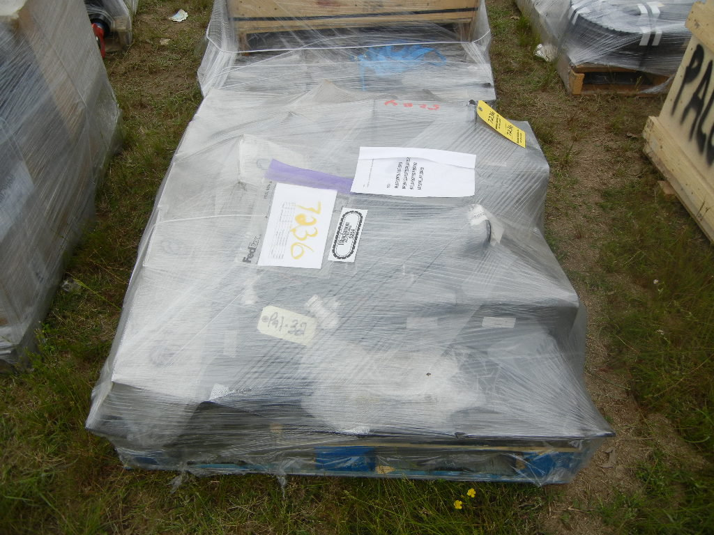 PALLET WITH OIL COOLER, SUPPROT BRACKETS,  AC HARNESS, BLOCK MANIFOLD