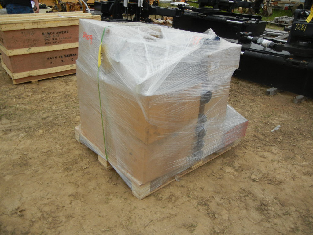 """PALLET WITH ASF PHASE-V BASKET, HYDRAULIC PULLING SPIKE TOOL, POLY 42"""" LG L"""