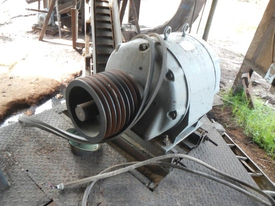 WESTINGHOUSE 150 HP ELECTRIC MOTOR , 3 PHASE
