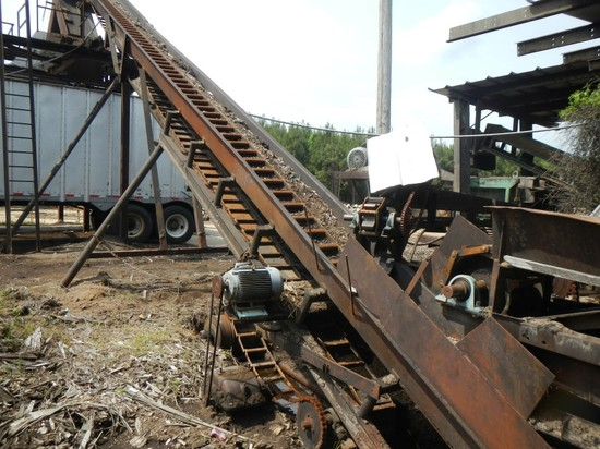 INCLINE WASTE CONVEYOR, ELECTRIC MOTOR AND GEARBOX