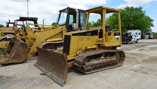 1994 CATERPILLAR D4C CRAWLER DOZER, 4,523 hrs,  6 WAY BLADE, CANOPY, POWERS