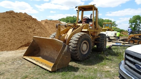 1995 CASE 621B LOADER,  WHEEL ARTICULATED, CANOPY, GP BUCKET, 20.5-25 TIRES