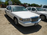 1995 LINCOLN TOWN CAR 4-DOOR CAR,  V8 GAS, AUTOMATIC, PS, S# 1LNLM82W9SY751
