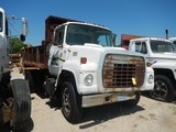 FORD DUMP TRUCK,  SINGLE AXLE, CATERPILLAR DIESEL, 5+2 SPEED, FONTAINE 10'