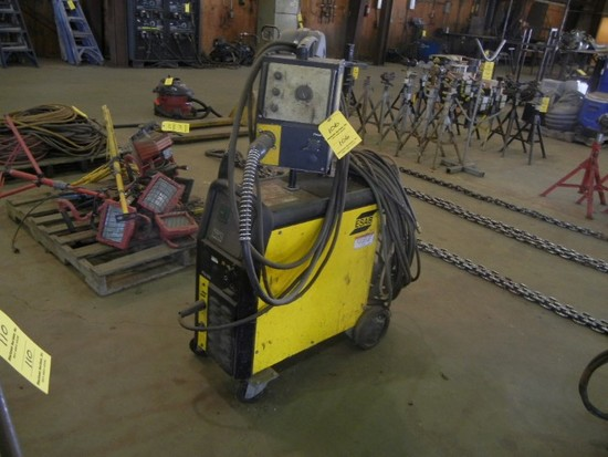 ESAB MIG 320 WELDER  WITH 304 WIRE FEED S# 9171058092, 0030480059