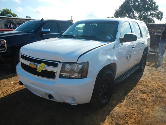 2011 CHEVROLET TAHOE SUV, approx 91k mi,  V8 GAS, AUTOMATIC, PS, AC S# 1GNL