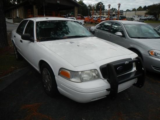 2009 FORD CROWN VICTORIA CAR, 98,255+ mi,  4-DOOR, V8, AUTOMATIC, PS, AC S#