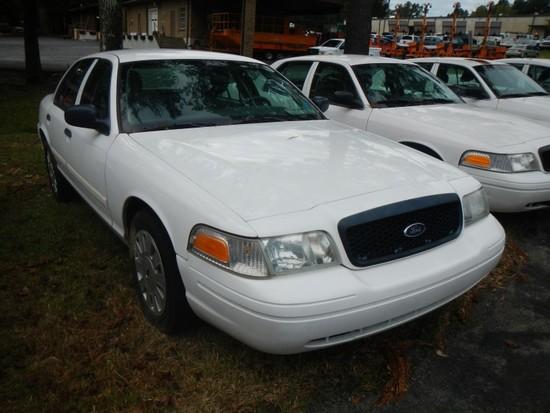2011 FORD CROWN VICTORIA CAR, 99,268+ mi,  4-DOOR, V8, AUTOMATIC, PS, AC S#