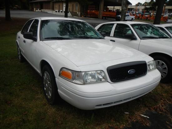 2011 FORD CROWN VICTORIA CAR, 90,142+ mi,  4-DOOR, V8, AUTOMATIC, PS, AC S#