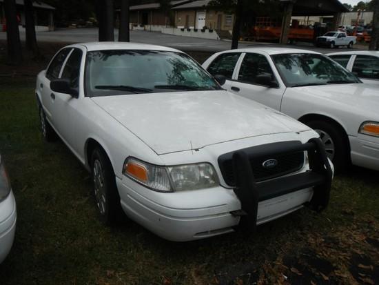 2009 FORD CROWN VICTORIA CAR, 89,937+ mi,  4-DOOR, V8, AUTOMATIC, PS, AC S#