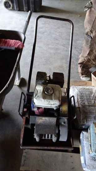 PLATE COMPACTOR