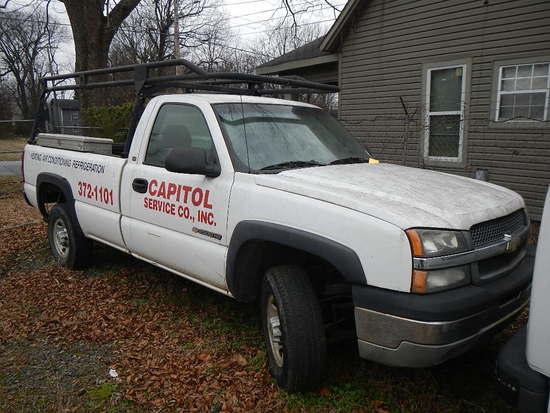 2005 CHEVROLET 2500 PICKUP TRUCK,  (NO KEYS-LOCKED), V8 GAS, AT, PS, AC, LA