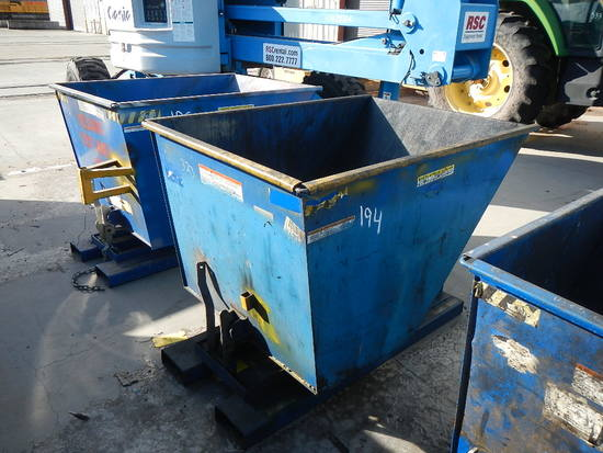VESTIL FORKLIFT DUMPSTER   LOAD OUT FEE: $5.00