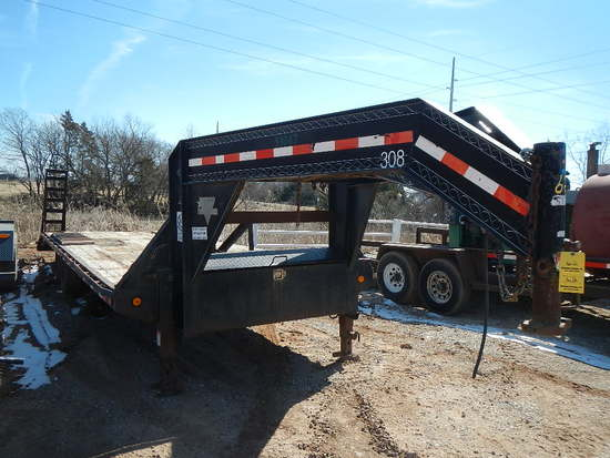 2008 PJ 30' GOOSENECK TRAILER,  TANDEM AXLE, SINGLE TIRE, 24' DOVETAIL WITH