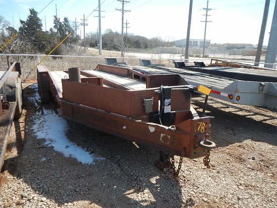 1990 BELSHE EQUIPMENT PAN TRAILER,  TRI AXLE, SINGLE TIRE, 30' WITH DOVETAI