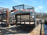 2004 APACHE 30' GOOSENECK TRAILER,  TANDEM AXLES WITH SINGLES, TOP CAGE, SI