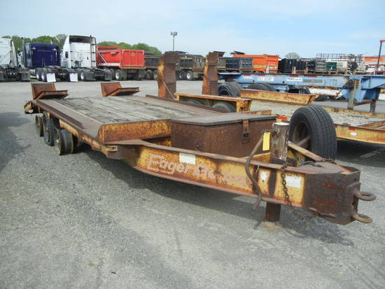 1982 EAGER BEAVER 20' EQUIPMENT TRAILER,  PINTLE HITCH, 16' DECK, 5' DOVETA