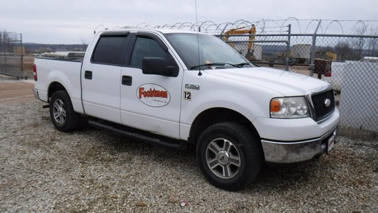 2007 FORD F150XLT PICKUP TRUCK, 226K+ MILES  4X4, CREW CAB, V8 GAS, AT, PS,