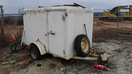 1998 S&S ENCLOSED CARGO TRAILER,  SINGLE AXLE S# 189EG2829WG384564
