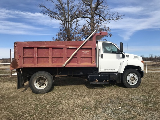 2006 GMC C7500 DUMP TRUCK,  CAT C7 DIESEL, 5+2 SPEED, SPRING RIDE, 35,000 G