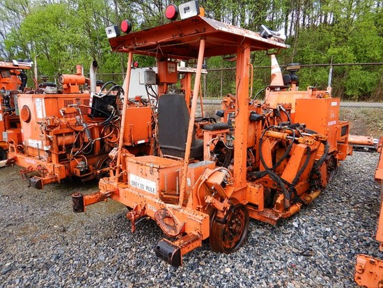 2008 CRS 60 ANCHOR SPREADER,  DEUTZ DIESEL LOAD OUT FEE: $200.00 C# AS08030